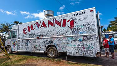 giovannis-shrimp-truck-oahu